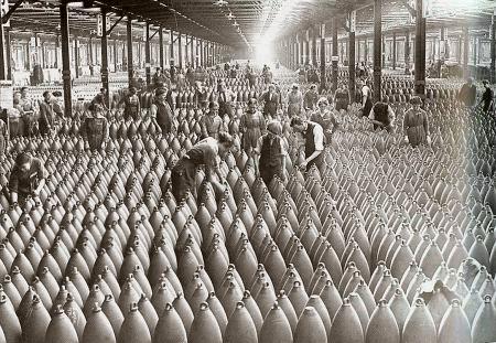 De eerste wereldoorlog door de strijdende partijen waren gigantisch 29